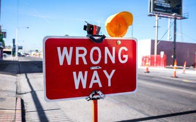 11 greşeli pe care le facem încercând să ajutăm o persoană ce trece printr-o pierdere